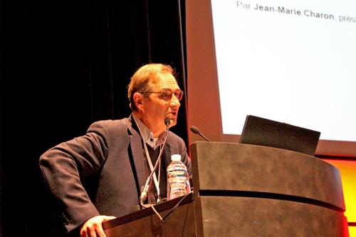 Jean-Marie Charon, sociologue, a présenté le bilan de l'emploi des journalistes en 2015. (T. Buisson)